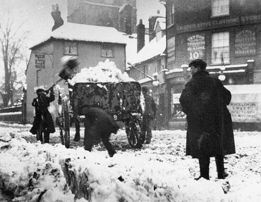 neige en Angleterre pendant l`hiver 1895
