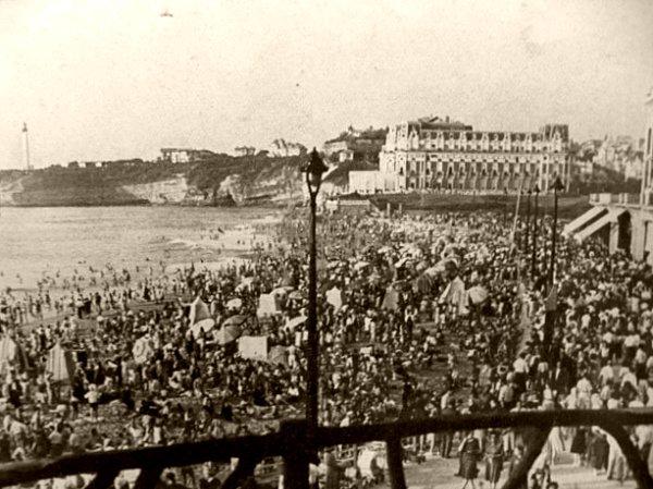 Grande Plage de Biarritz ete 1947