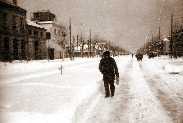 Boulevard sous la neige Bordeaux 1956