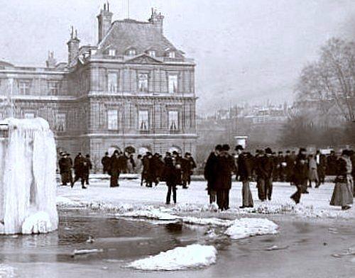 patineurs au jardin du Luxembourg durant l`hiver 1892 1893