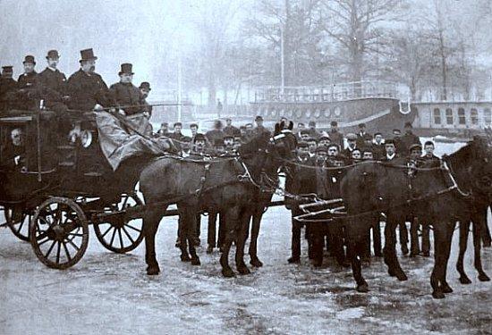 voiture a cheval sur la Tamise gelee en fevrier 1891