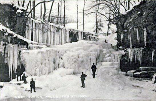 chutes gelees de West Burton en fevrier 1895