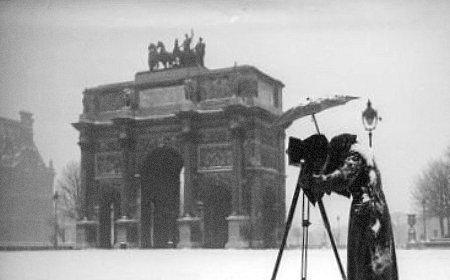 arc du Carrousel sous la neige janvier 1941