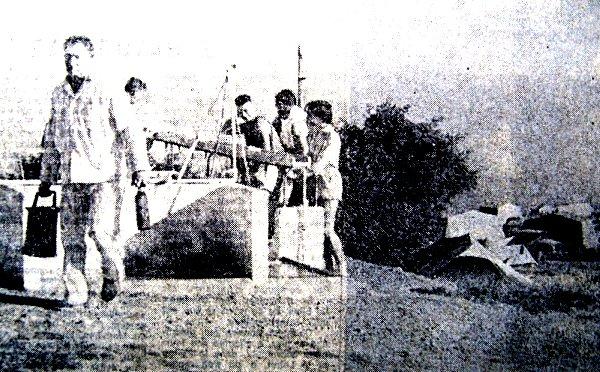 les campeurs en quete d`eau juillet 76