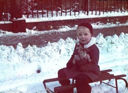 enfant allemand de Hanovre durant l`hiver 1940 1941