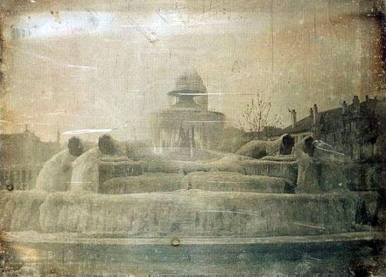 fontaine du chateau d`eau gelee en 1842