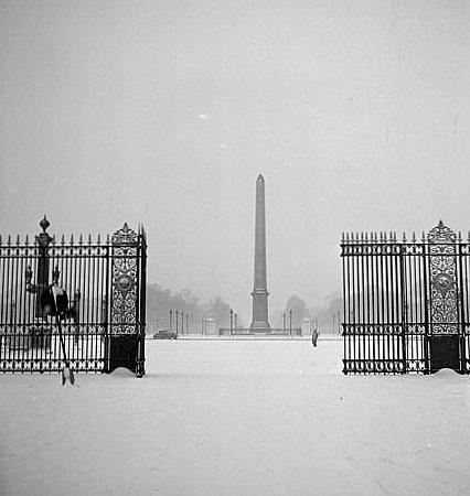 la place de la Concorde sous la neige en janvier 1942