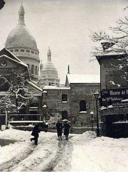la place du Tertre sous la neige en 1940