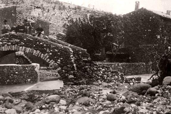 pont emporte a Alissas pendant la crue de 1907