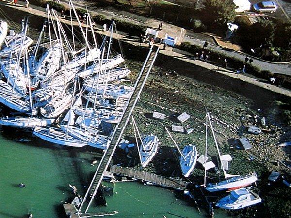 port de la rochelle devaste 1999