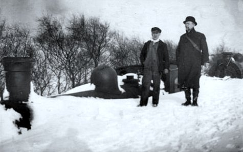 train bloque par des congeres durant l`hiver 1895